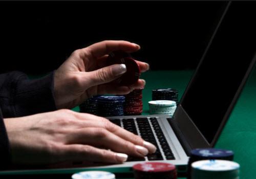 Online Casinos no Deposit Bonus Codes (100 Free Spins) - Casino-Online.com
